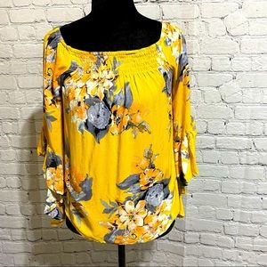 Unique Spectrum yellow bell sleeve & floral top
